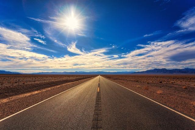 road-3133502_1920.jpg